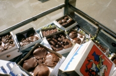 MORGUE CHOCOLATES_______installation in information kiosk / Moscow Russia 1993